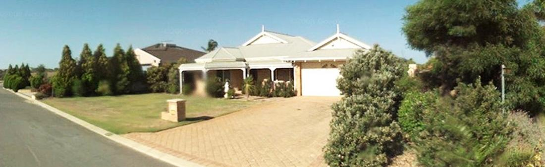 Simply_Heaven_Holiday_Accommodation_Perth_Castaway_front_of_house_web